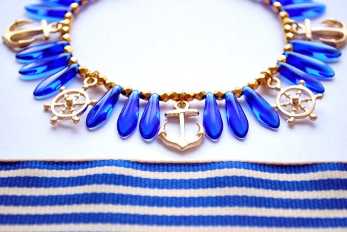 Blue Sea Gold Sand - Nautical bracelet with anchor, wheels and deep blue glass beads