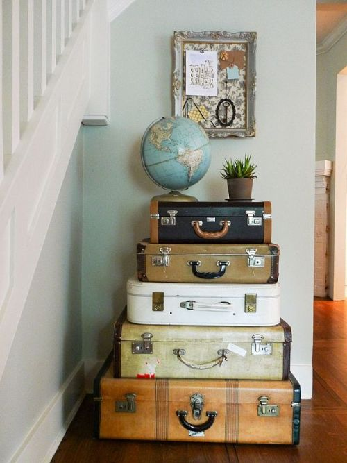 egbvintage:  Luggage decor.