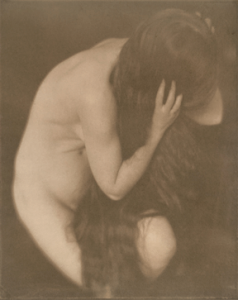 Nude (Mary Warner, ca. 1907, Platinum Print.) Courtesy of Galerie Johannes Faber.