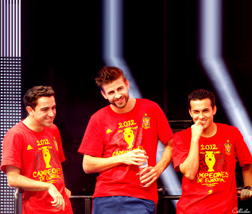 pedroholic:  Xavi, Geri and Pedrito - fiesta in Madrid