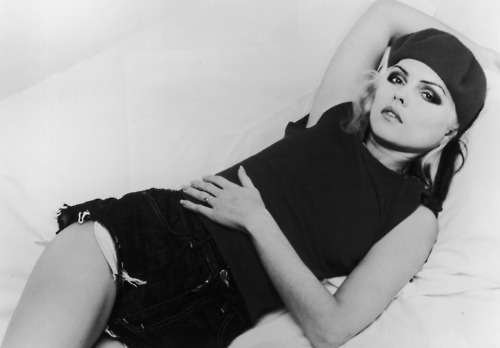 Debbie Harry BW pose