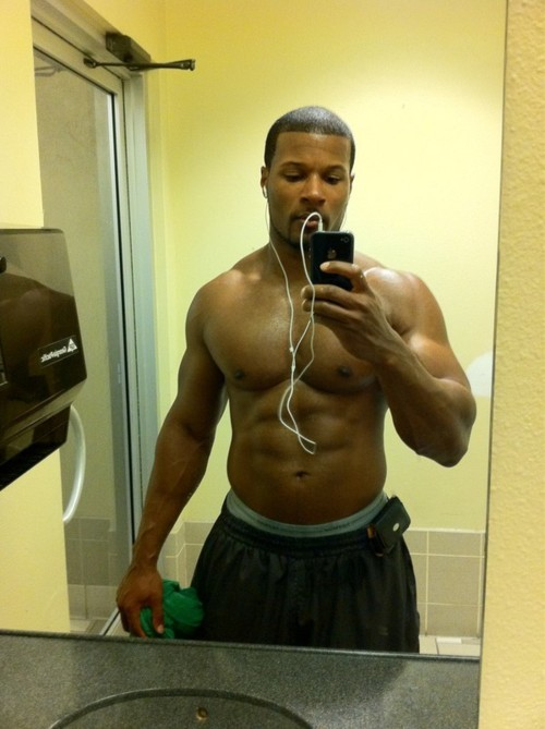 hazeleyed1:  missinglinc:   chocolate daddy  Sexy af.  Praise!