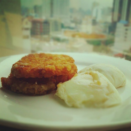 Hash brown and eggs #Foodtography #Food #Breakfast #Hash Brown (Taken with Instagram)
