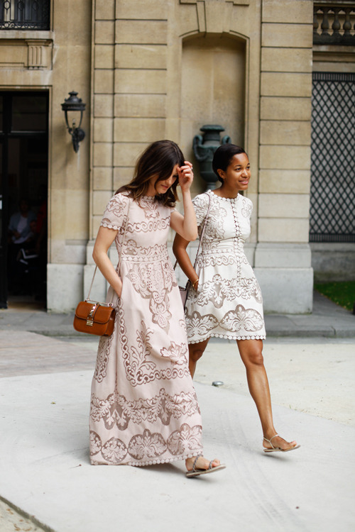 mirnah:  Valentino moment  These are such stunning, stunning dresses…