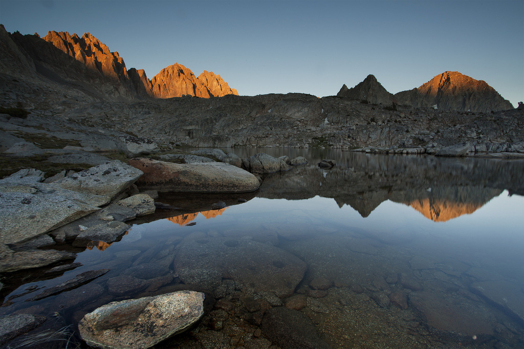 Alpine lake, Dusy Basin (by scott in sf)