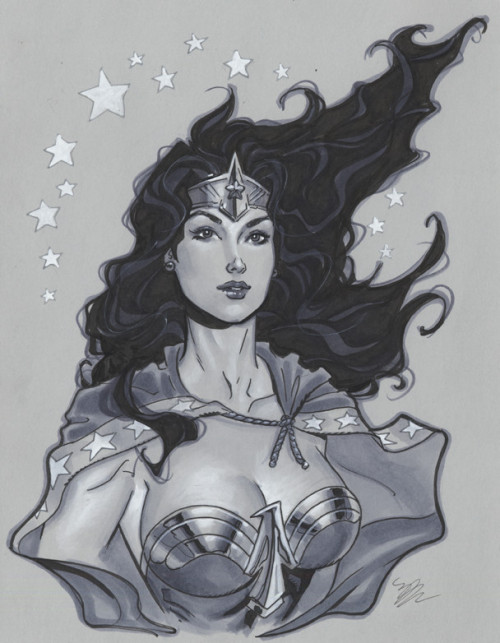 lulubonanza:  Wonder Woman bust by *MichaelDooney  More like Wonder Woman lust, haha.