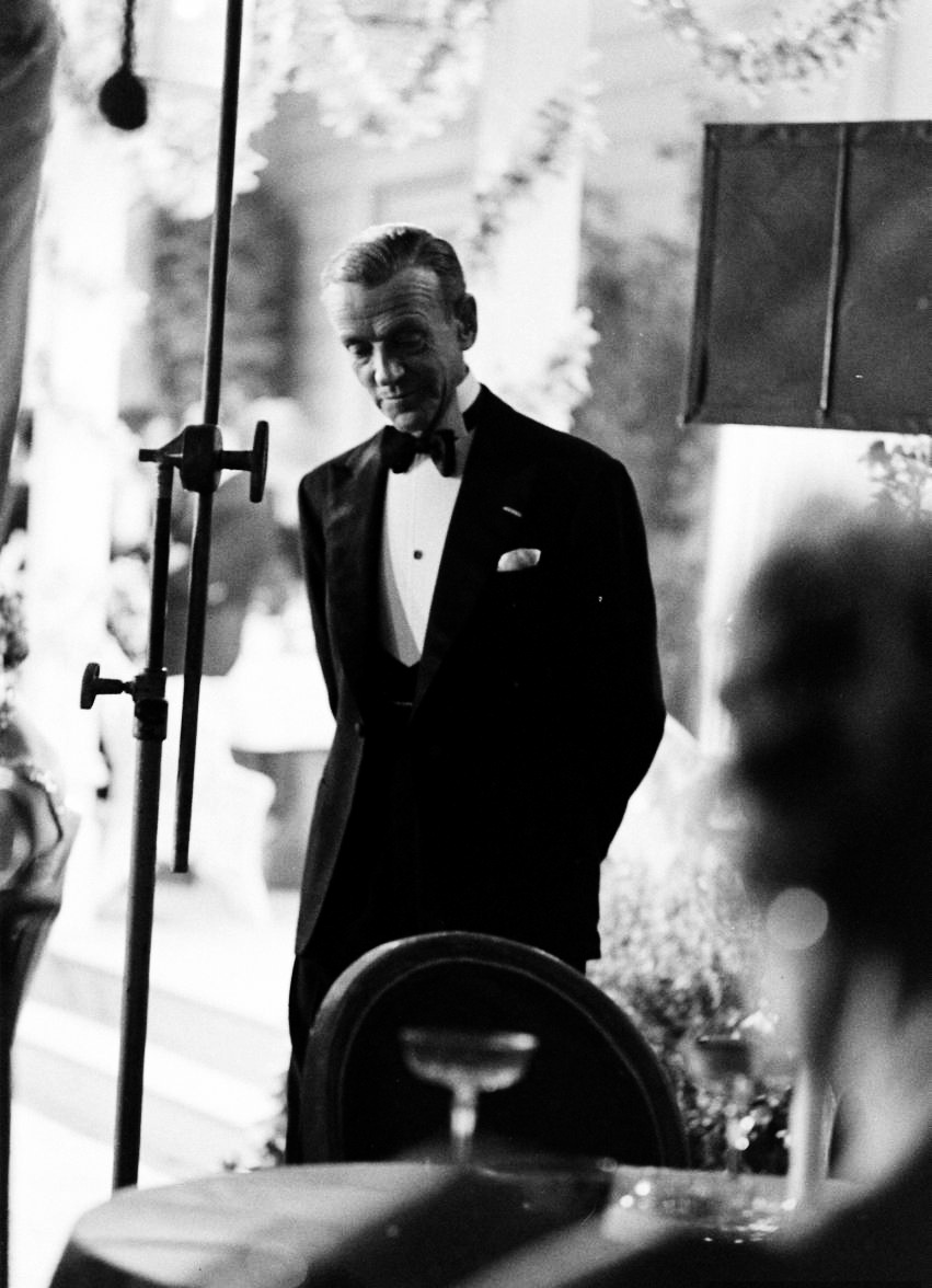 BlackTie  The true elegance of gentleman's 'semi-formal' evening wear shown by the Icon of men's style, Fred Astaire!