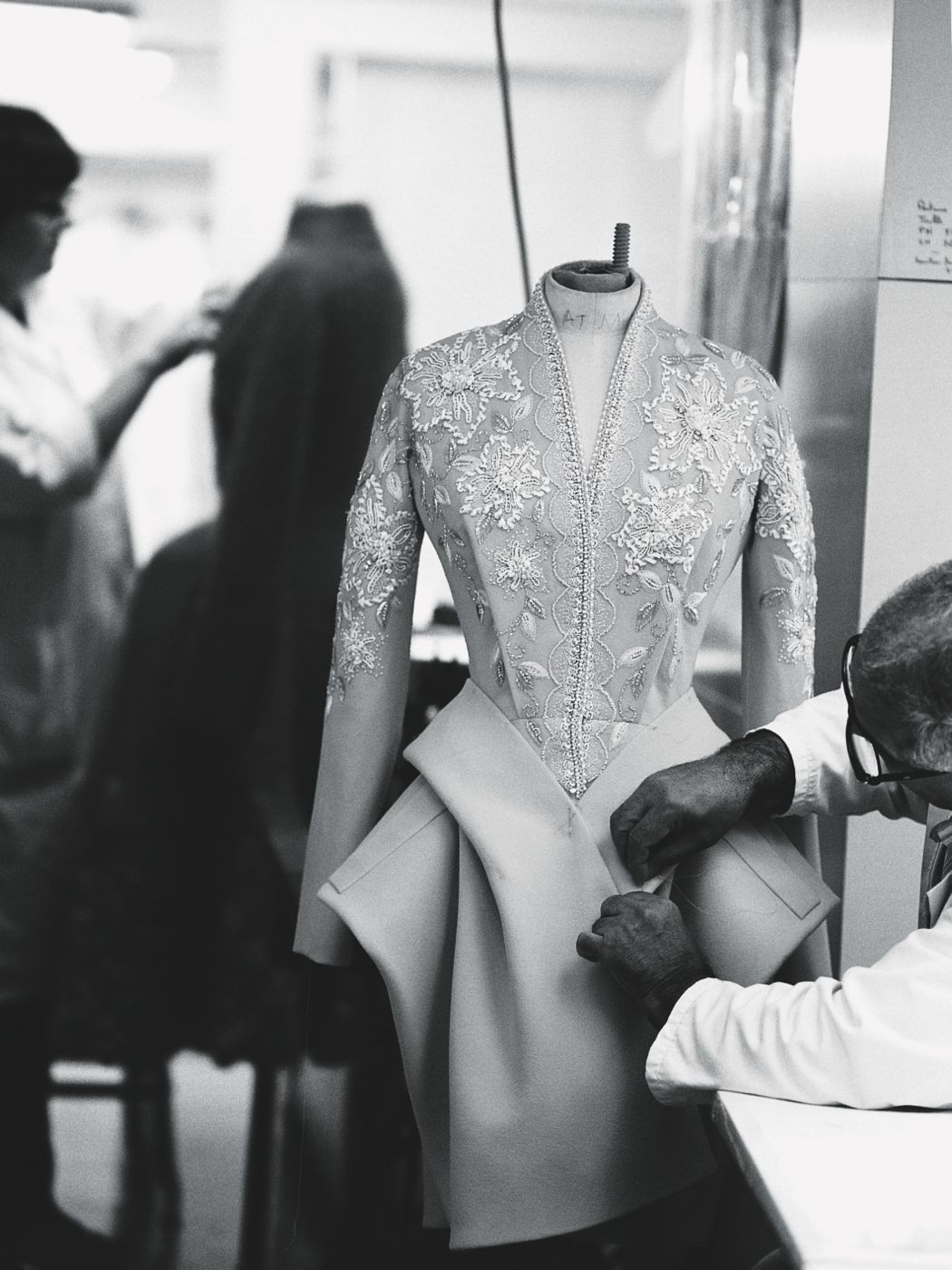 hautekills:  Inside the atelier for Christian Dior haute couture f/w 2009