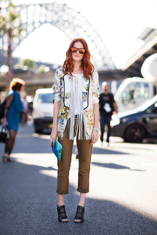 Taylor Tomasi-Hill gets her fringe on, paired with a floral jacket (image: harpersbazaar)