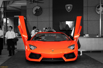 Lamborghini Aventador LP700-4 by xuanrenpictures on Flickr.