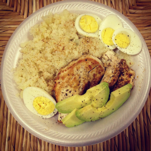 "eattolivedontlivetoeat88:  Chicken breast, Cauliflower rice, eggs, & avocado. Perfect for the day I had today. High protein, high fat, & low carb. Just the way I like it!! I've converted to a paleo lifestyle for only about 2 months & she's already got it down packed! Side note: A lot of people wonder how to make cauliflower ""rice"" & it's super easy. 1) cut & boil the cauliflower until tender 2) In a bowl add black pepper, sea salt, & garlic powder to taste (or whatever you like in your ""rice"") 3) Mash the cauliflower with a fork for the rice like consistency. BAM!  Must try! Growing up, we ate rice pretty much with every dinner! I don't miss it *that* much, but my dinner plate looks kinda lonely without it… sometimes. Cauliflower ""rice"" looks like an excellent stand-in :)"