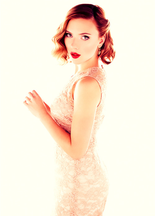 ✧038 of 200 pictures of Scarlett Johansson