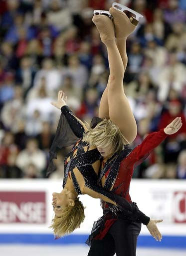 beautiful-shapes:  Denkova- Staviski Worlds 2006, FD