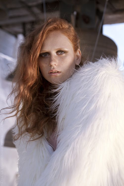 tatianakurnosova: The Red and Flawless editorial for Ellements Magazine.Model: Yana Z.MUAH/Style/Photo: Tatiana KurnosovaCOPYRIGHT Tatiana Kurnosova PhotographyFACEBOOK: http://www.facebook.com/pages/Tatiana-Kurnosova-Photography/96630305069http://tatianakurnosova.com/