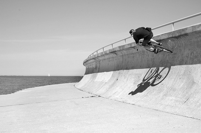 Matt Spencer at sea wall by Rickmke on Flickr.