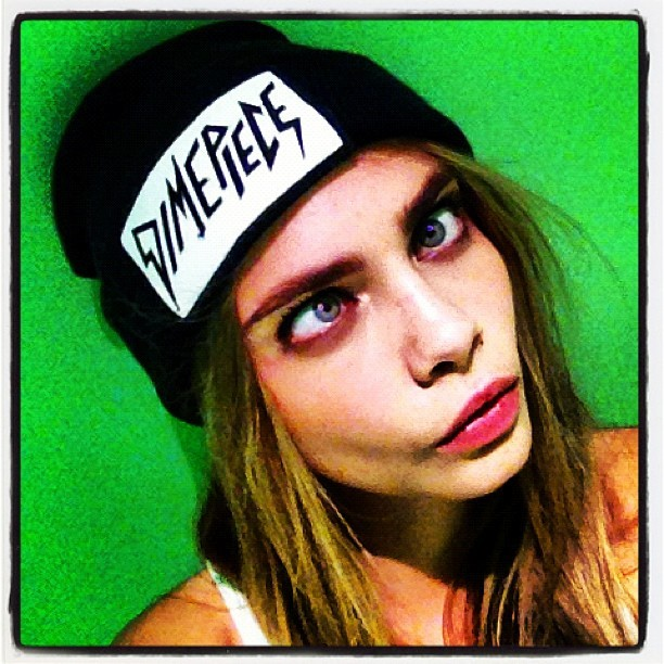I just found out that Cara Delevingne is my soulmate. Besides being gorgeous, she loves eyebrows, plays Xbox live, listens to zebra katz and hangs out with Azealia Banks. Maybe it's not so much her soulmate as it is me wanting to be her.