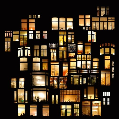 mrsdentonorahippo:  Windows in Amsterdam