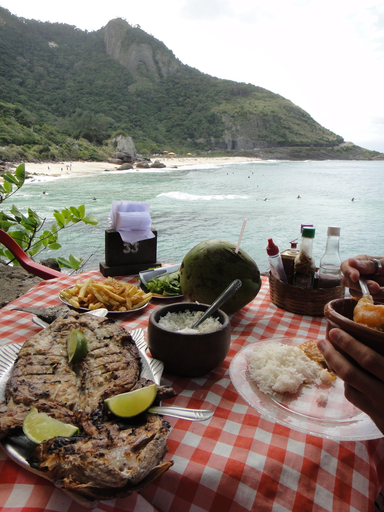 doesn't get much better than this. lunch at prainha, rio de janeiro. yum. (photo by J)