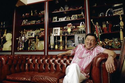 "Dolphy passes away at 83 The Philippines' Comedy King Dolphy passed away shortly after 8:30 p.m., his son Eric Quizon said Tuesday night.  ""My Dad is now with his creator,"" Quizon said of his father who had been confined at the Makati Medical Center since June 9 and will turn 84 on July 25.  Five years ago, Dolphy was diagnosed with Chronic Obstructive Pulmonary Disease (COPD), an illness that results in breathing difficulty and worsens over time.  Quizon recently revealed that Dolphy's COPD had progressed to Stage IV.  ""Five years ago, sinabihan na siya na stage four 'yong sakit niya na 'yon. When you say stage four in cancer terms, very critical na 'yon,"" Quizon said in an interview with a television program last June 20.  Read More » (via amateurdreamer)"