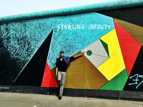 sterling8music:  Berlin Wall