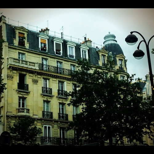 Beauty #architecture #vintage #inspiration #paris #jadoreparis  (Taken with Instagram)