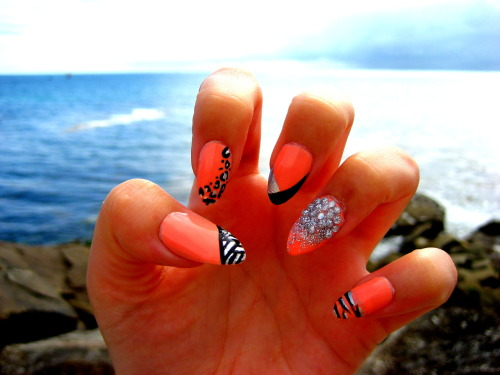New nails by the sea in Brittany :) Inspired by one of Candy Paint's designs :)