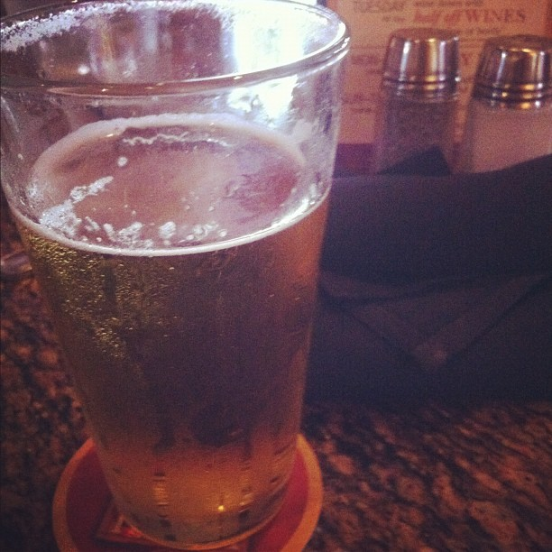 stella 🍺 (Taken with Instagram at BJ's Restaurant & Brewhouse)