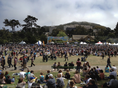 SF Oysterfest 2012 – oysters and music in Golden Gate Park http://bit.ly/MYky7k