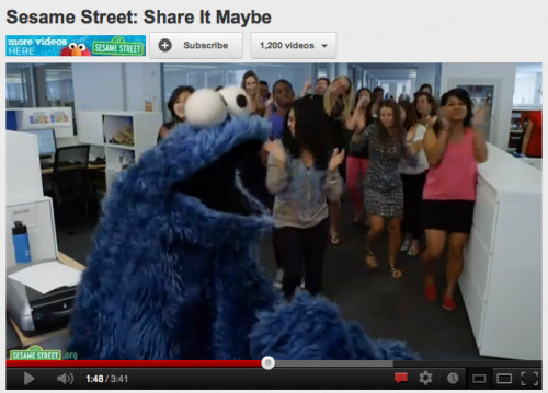 STOP WHAT YOU'RE DOING AND WATCH COOKIE MONSTER'S FULL COVER OF CALL ME MAYBE!