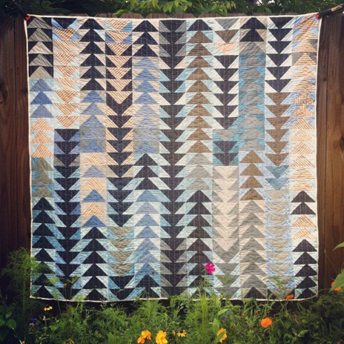 sitdownithinkiloveyou:  clmntkee: Folk Fibers. Pure beauty.  Someday soon I will find the time to create something like this.