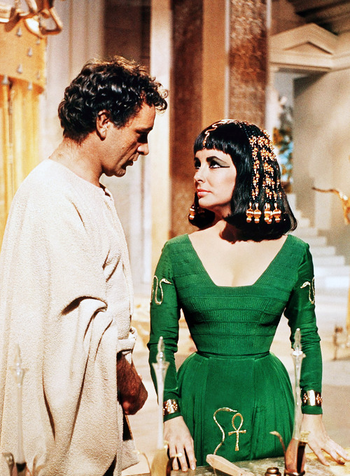 Elizabeth Taylor and Richard Burton in Cleopatra (1963)