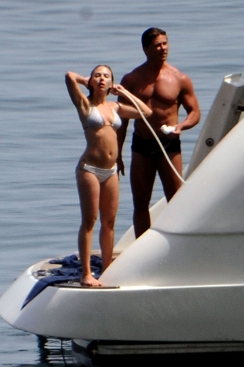 PHOTOS: Scarlett Johansson bikinis in Italy with her bodyguard