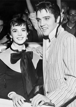 theniftyfifties:  Natalie Wood and Elvis Presley outside the Hotel Chisca, October 31, 1956.
