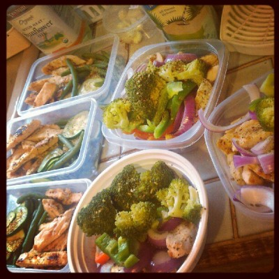 Meals for the rest of the day, for the Mr. @prolific_mf_scorer and I #healthymeals #bestwhendonetogether #atthesamedamntime #teammikeconol #fitness #nutrition #thisshittakeseffort  (Taken with Instagram)