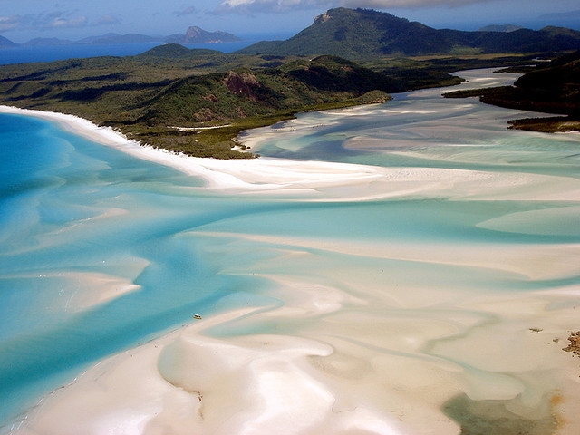 whitehaven beach by chiccalo73 on Flickr.