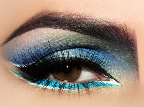 beautylish:  Stunning Bora Bora Inspired eye makeup by Joanna F.!