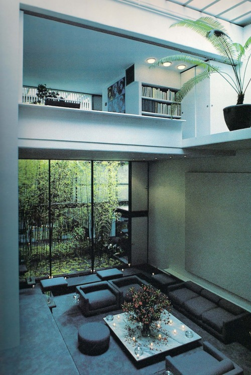 66lanvin:  sugarmeows:  The Halston Penthouse by architect Paul Rudolph  DREAMS reoccurring………No.3