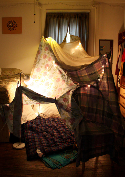 iwannaforgettheworld:  Someone come build a fort with me?