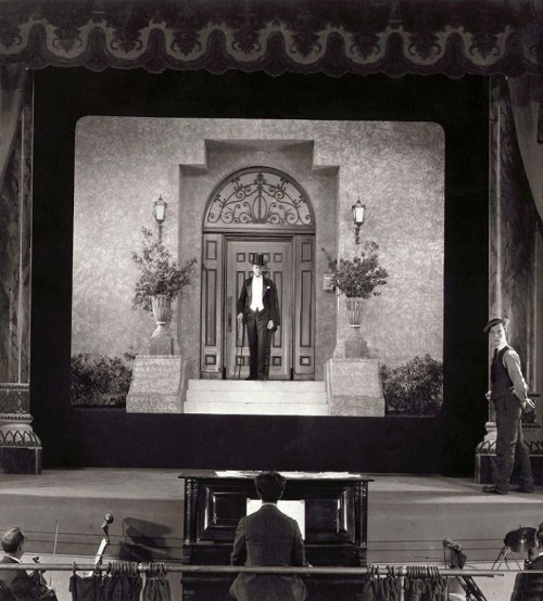 oldhollywood:  Buster Keaton in Sherlock, Jr. (1924, dir. Buster Keaton) (via)   I didn't know Keaton played Sherlock.