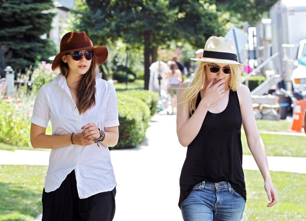 Elizabeth Olsen and Dakota Fanning on the set of Very Good Girls in NYC, July 10th