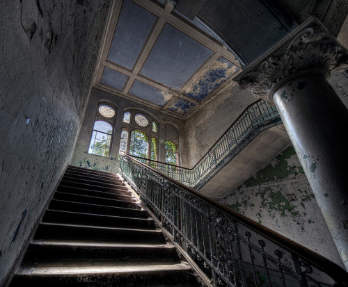 Beelitz-Heilstätten by howzey on Flickr.