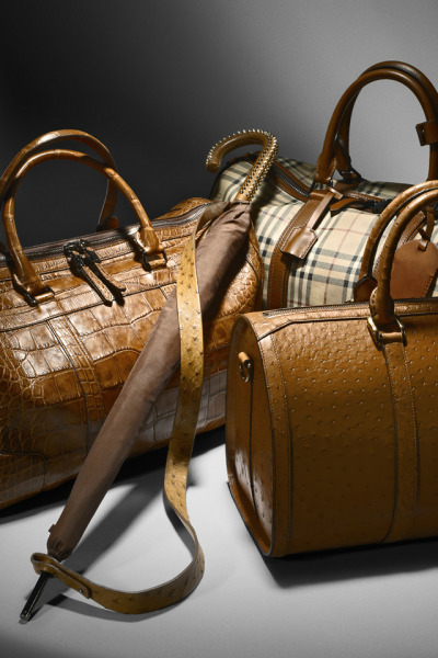Vintage-inspired luggage - Gentleman's crafted holdalls for Burberry A/W12