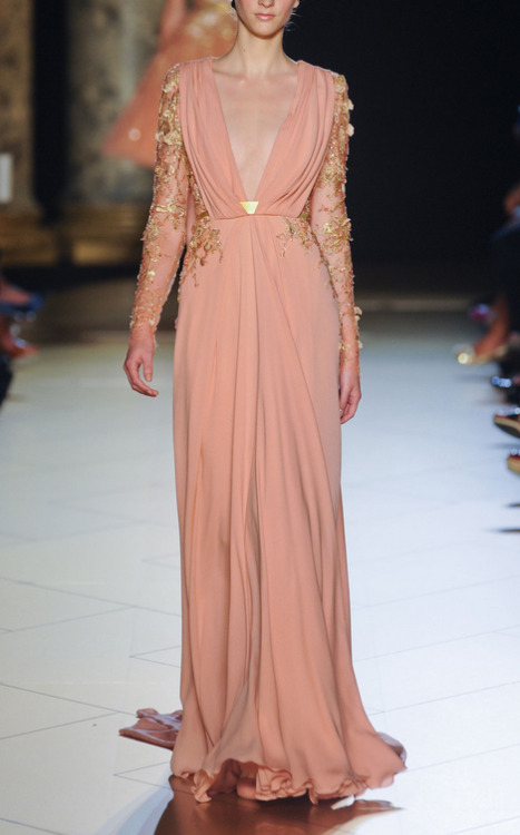 Hello beautiful. phe-nomenal:  Elie Saab Fall 2012 Couture
