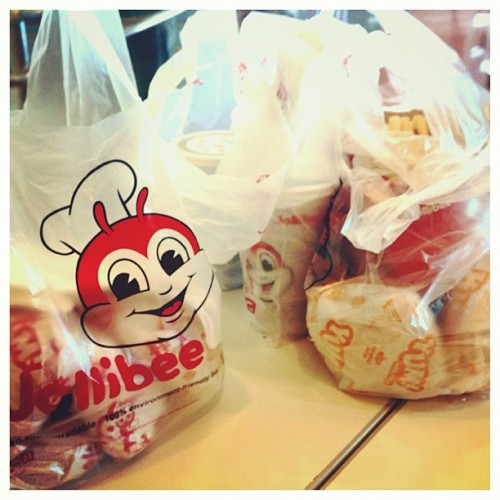 Jollibee ❤ #philippines #food  (Taken with Instagram)