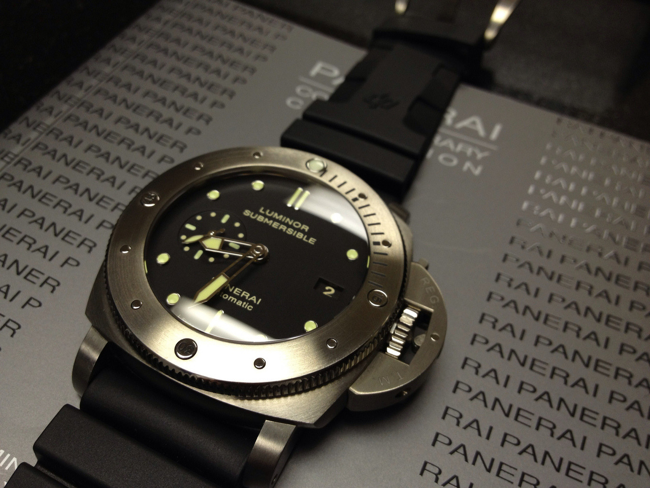 kimchiminji:  New Officine Panerai  did not upload sorry so late into this too busy doing other things than uploading from my cam