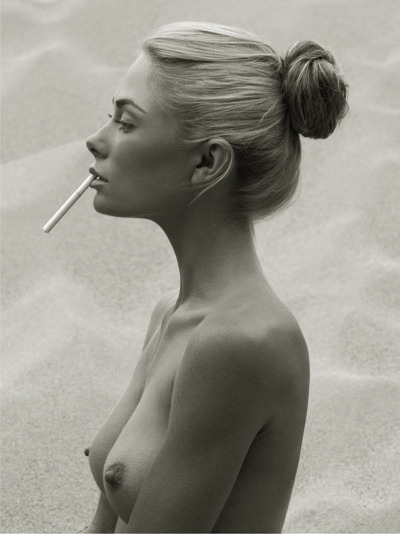 fashionphotographyblog:  The Last Cigarette.