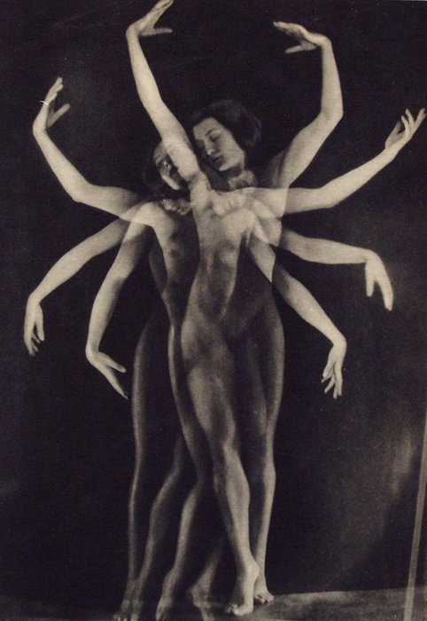 Yva, Dancer. 1933