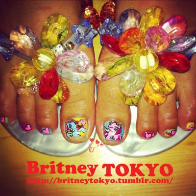 My little poney Hand painted pedicure By Britney TOKYO ☆ ✌ ✿ ✡ ✟ ☺ ✞ TOKYO meets HOLLYWOOD ✞ ☺ ✟ ✡ ✿ ✌ ☆ http://britneytokyo.tumblr.com/