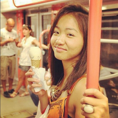 🍦 Poing Poing! Ice cream! #summer#pinay#asian#asiangirl#hot#icecream#metro#igersmilano#milan#igerspinoy#igersmanila#filipina#ootd#shopping#hair#fashiondiaries#instagood#webstagram (Taken with Instagram at Milan, Italy)