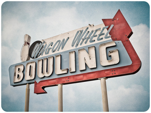 Wagon Wheel Bowling by Shakes The Clown on Flickr.